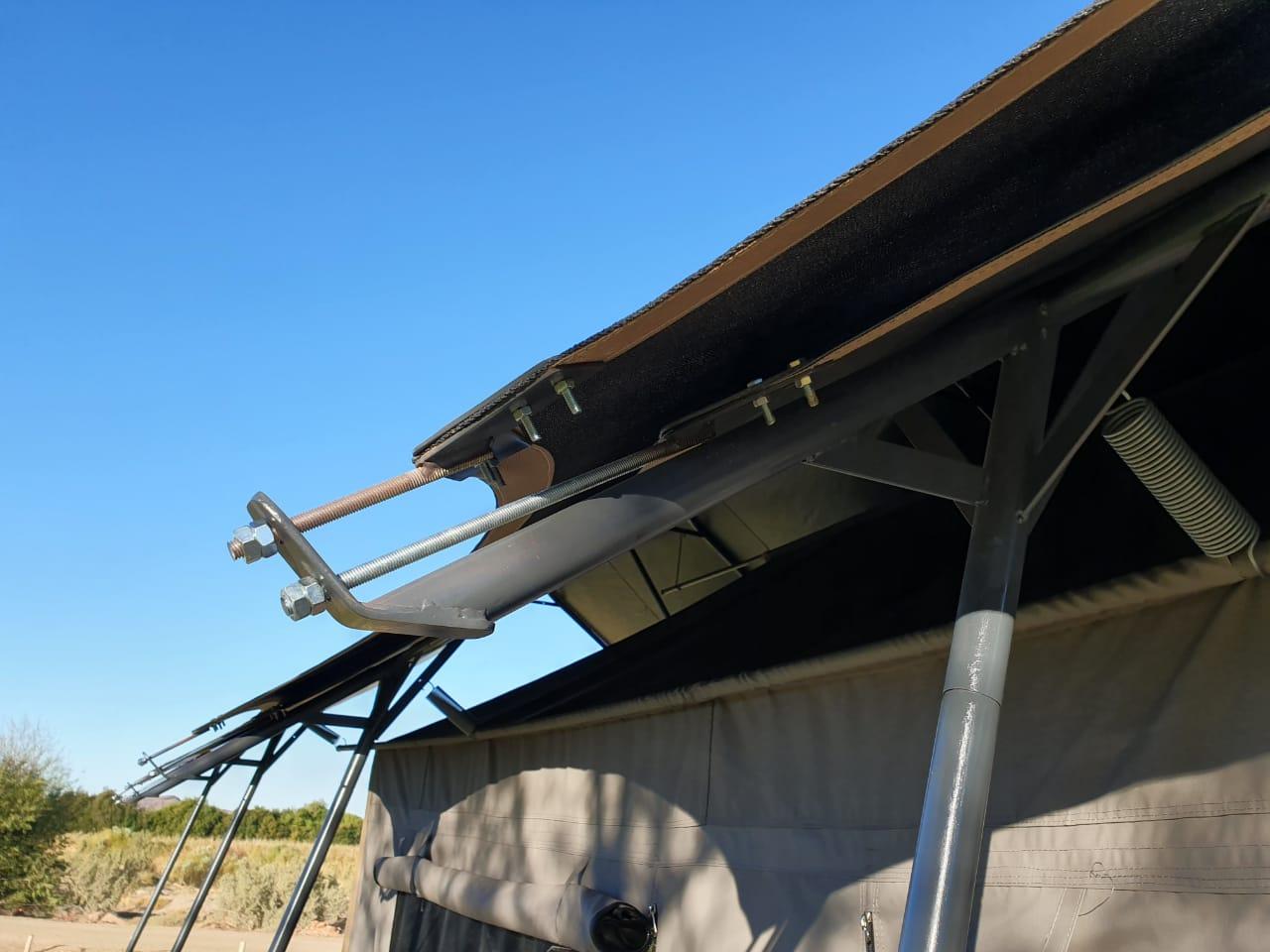 Roof Flies